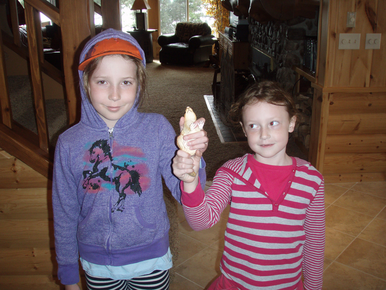Congratulations to Emmy and Molly....first time guests and the first finders of Charlie in 2013