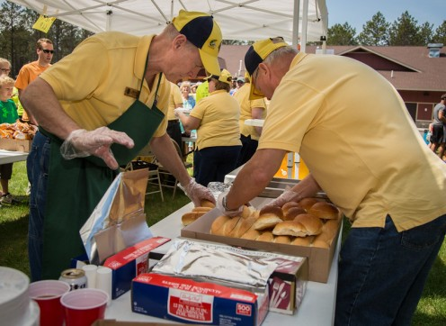 The BJ Lions club provided a post race brat party.